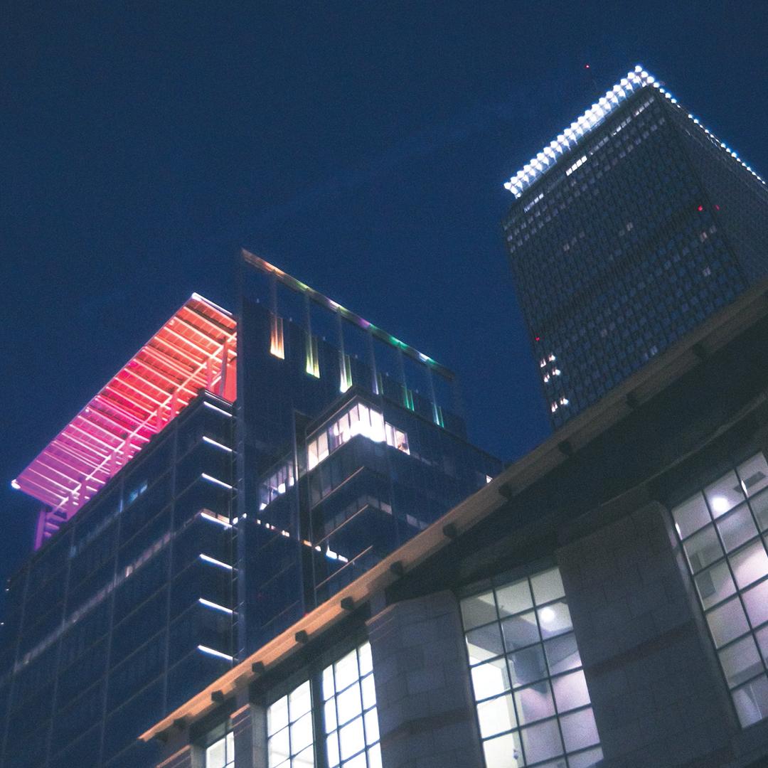 888 Boylston Street Pride Illumination - Photo @hockeyjon_