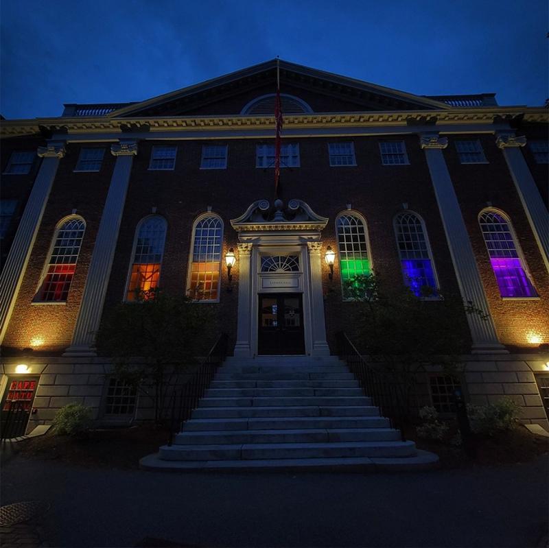 Harvard Pride @onlyinbos
